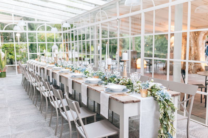 Floral arrangements tables